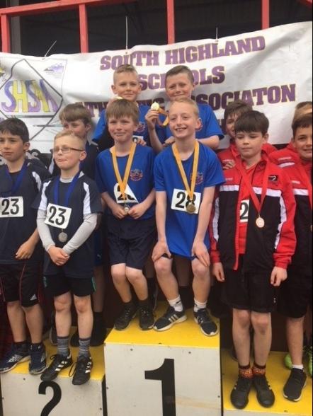 P6 boys relay